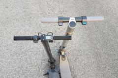 carbon-fiber-a-hordozhato-elektromos-roller-teszt-osszecsukhato-6600mAh-akkumulator-akksi-5.5-colos-kerek-24