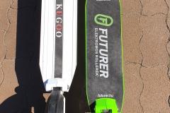 Kugoo S1 a fehér, az E-TWOW 2019 a zöld