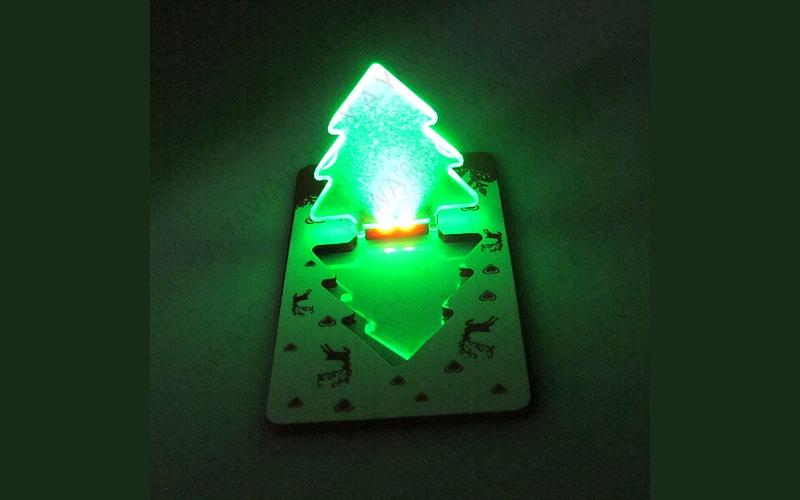 Kártya lámpa karácsonyfa 5 – Ajándéknak