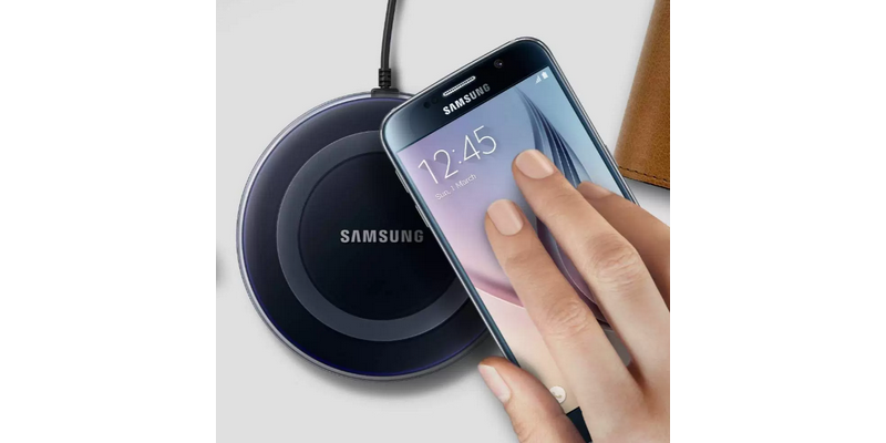 vezetek-nelkuli-mobil-telefon-tolto-teszt-blitzwolf-fast-charger-samsung-noname-wireless-charger-9v-5v-usb-01.jpg