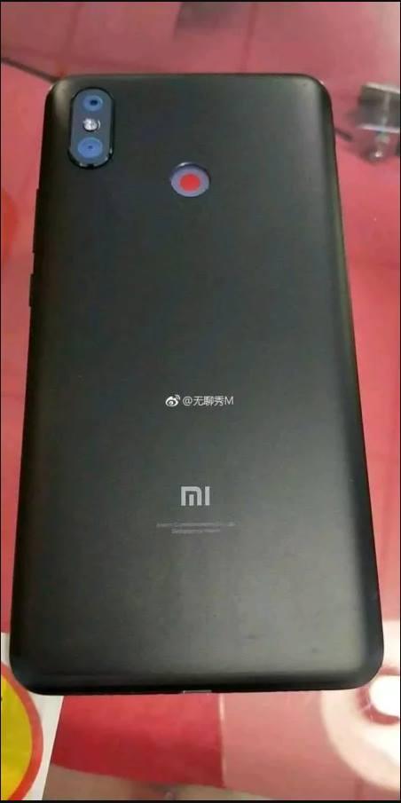 Úgy tűnik minden napra jut egy kis Xiaomi Mi Max 3 szivárogtatás (1)