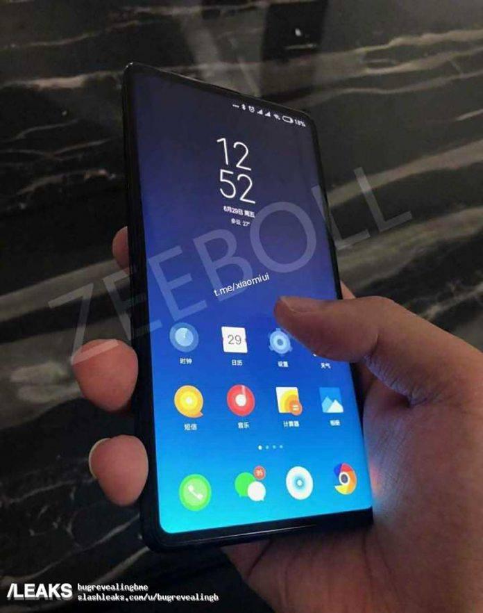 Egy kiszivárgott fotón látni a Xiaomi Mi Mix 3 méreteit és azt is, hogy valószínűleg tényleg felugró kamera lesz. (1)