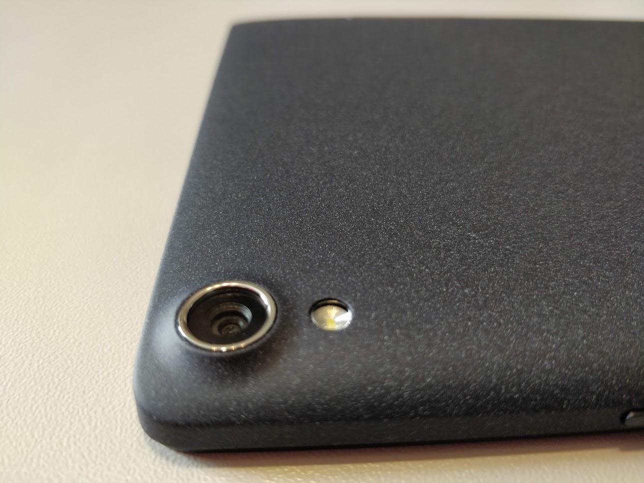 Lenovo-P8-Android-tablet-Tab3-8-Plus-16GB-3GB-02