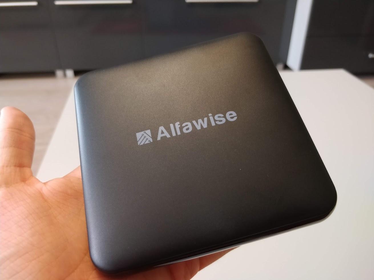 alfawise-s95-tv-box-okosito-android-7.1.2-amlogic-4-mag-2-gb-ram-16-gb-rom 4