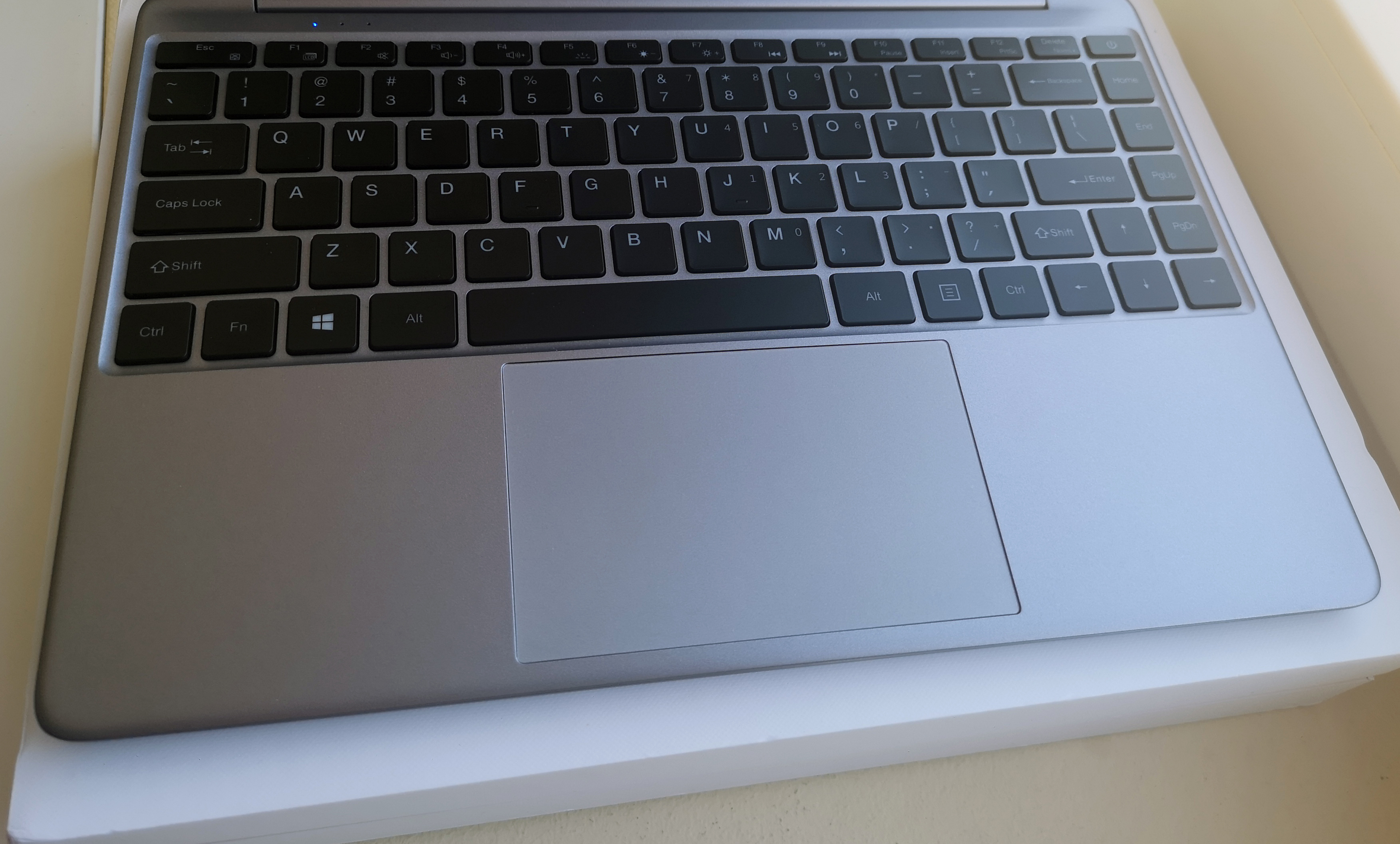 teclast-f7-plus-trackpad