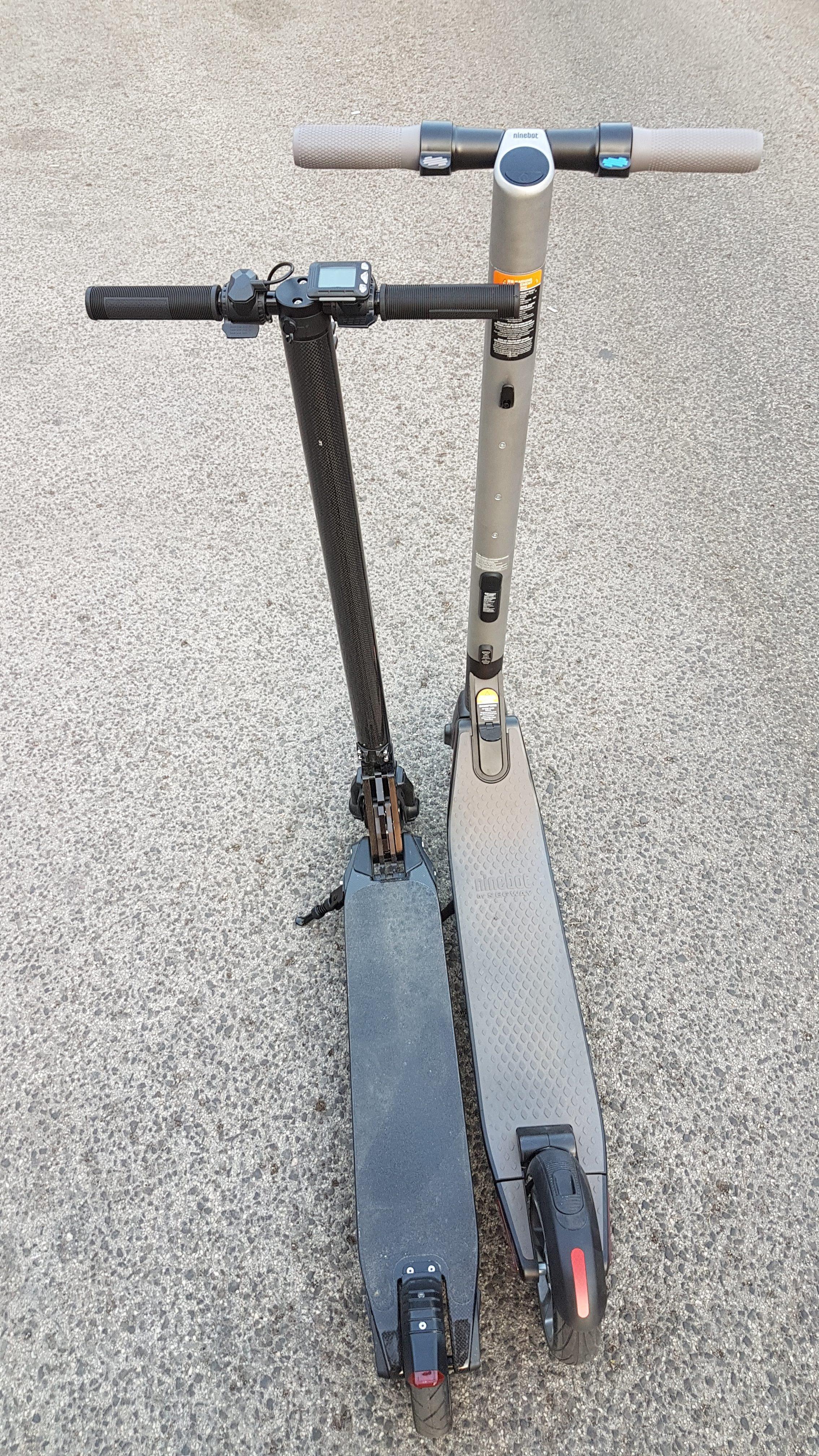 carbon-fiber-a-hordozhato-elektromos-roller-teszt-osszecsukhato-6600mAh-akkumulator-akksi-5.5-colos-kerek-25