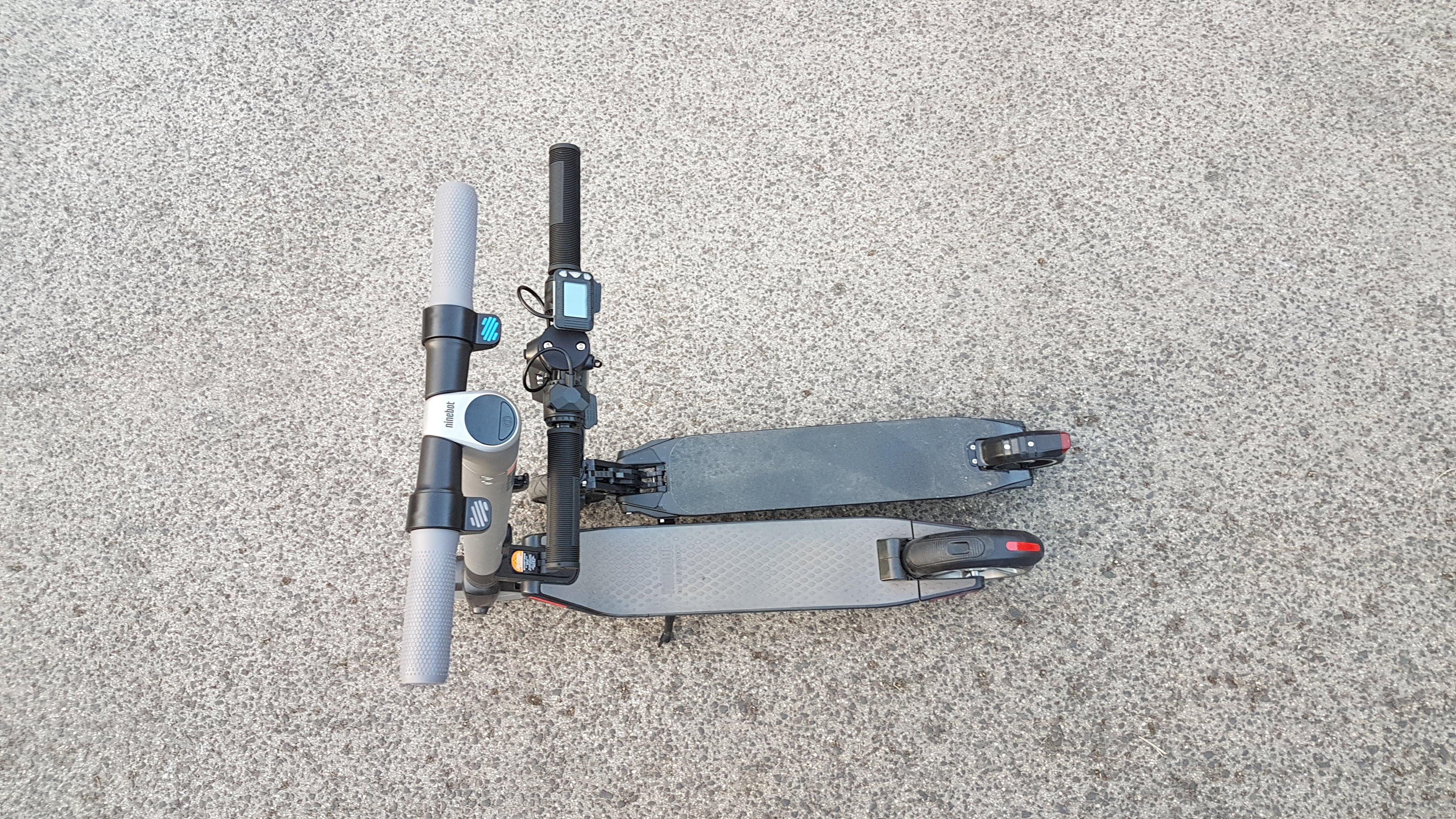 carbon-fiber-a-hordozhato-elektromos-roller-teszt-osszecsukhato-6600mAh-akkumulator-akksi-5.5-colos-kerek-32